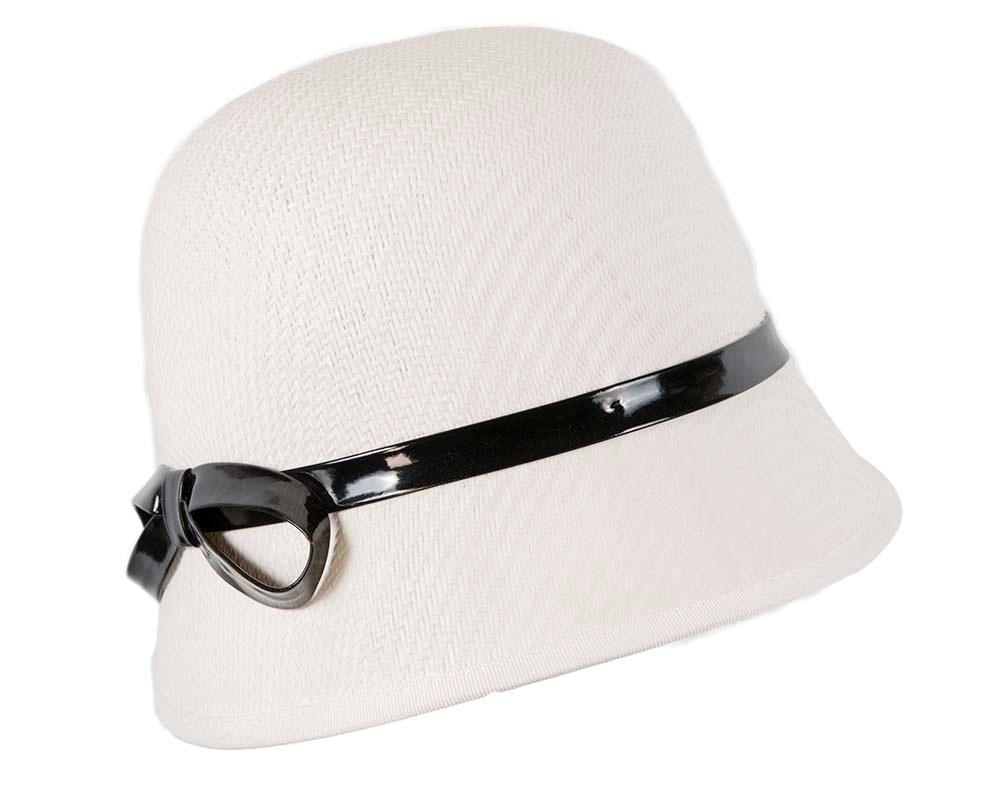White ladies fashion cloche hat by Max Alexander