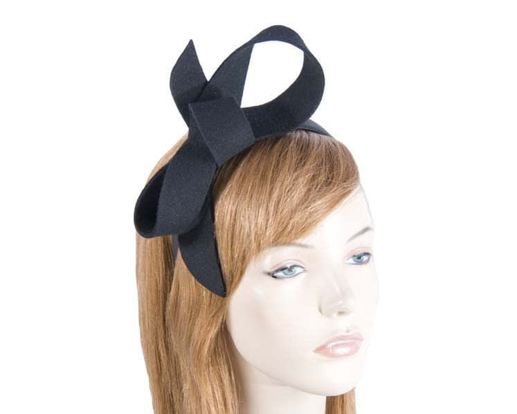 Black felt bow fascinator